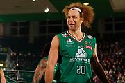 DESCRIZIONE : Avellino Lega A 2011-12 Sidigas Avellino Montepaschi Siena<br /> GIOCATORE : Shaun Stonerook<br /> SQUADRA : Montepaschi Siena <br /> EVENTO : Campionato Lega A 2011-2012<br /> GARA : Sidigas Avellino Montepaschi Siena<br /> DATA : 11/12/2011<br /> CATEGORIA : ritratto delusione<br /> SPORT : Pallacanestro<br /> AUTORE : Agenzia Ciamillo-Castoria/A.De Lise<br /> Galleria : Lega Basket A 2011-2012<br /> Fotonotizia : Avellino Lega A 2011-12 Sidigas Avellino Montepaschi Siena<br /> Predefinita :