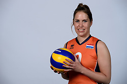 06-05-2014 NED: Selectie Nederlands zitvolleybal team vrouwen, Leersum<br /> In sporthal De Binder te Leersum werd het Nederlands team zitvolleybal seizoen 2014-2015 gepresenteerd / Annelies van de Bilt