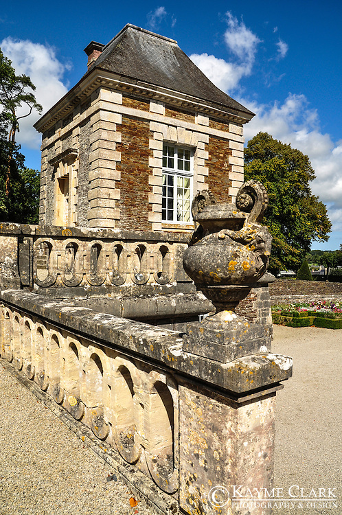 Full of character, Château de Balleroy has both charm and appeal. The exterior is gorgeous and the gardens make it an even better place to spend a day. More importantly, it is ideally located in the region of Normandy, France in the small town of Balleroy near Caen.