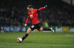 Manchester United's Wayne Rooney Shoots  - Photo mandatory by-line: Joe meredith/JMP - Mobile: 07966 386802 - 04/01/2015 - SPORT - football - Yeovil - Huish Park - Yeovil Town v Manchester United - FA Cup - Third Round