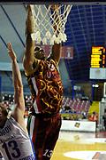 DESCRIZIONE : Venezia Eurocup 2015-16 Umana Reyer Venezia - Zenit St.Pietroburg<br /> GIOCATORE : Josh Owens<br /> CATEGORIA : Schiacciata<br /> SQUADRA : Umana Reyer Venezia - Zenit St.Pietroburg<br /> EVENTO : Eurocup 2015-2016 <br /> GARA : Umana Reyer Venezia - Zenit St.Pietroburg<br /> DATA : 06/01/2016<br /> SPORT : Pallacanestro <br /> AUTORE : Agenzia Ciamillo-Castoria/M.Gregolin<br /> Galleria : Eurocup 2015-2016  <br /> Fotonotizia :  Venezia Eurocup 2015-16 Umana Reyer Venezia - Zenit St.Pietroburg