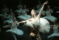 Tamara Rojo and Carlos Acosta in Natalia Makarova's staging of La Bayadere. Act II Kingdom of Shades