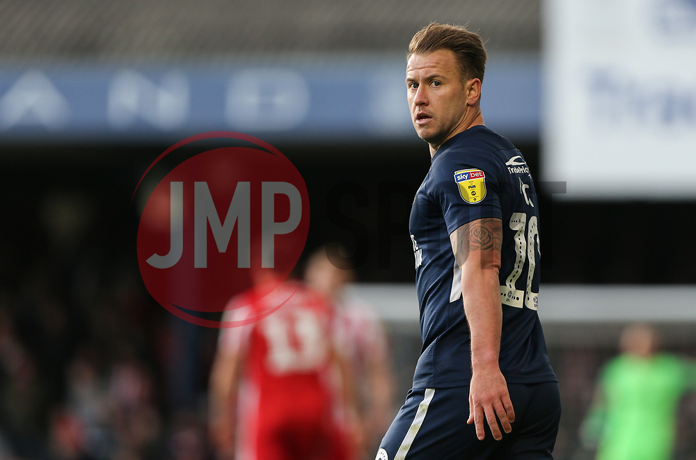 Simon Cox of Southend United - Mandatory by-line: Arron Gent/JMP - 04/05/2019 - FOOTBALL - Roots Hall - Southend-on-Sea, England - Southend United v Sunderland - Sky Bet League One