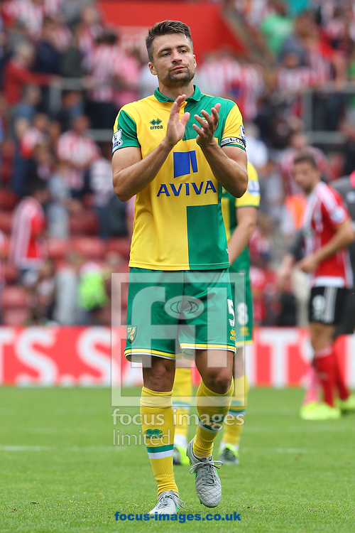 Russell Martin of Norwich applauds the traveling support at the end of the Barclays Premier League match at the St Mary's Stadium, Southampton<br /> Picture by Paul Chesterton/Focus Images Ltd +44 7904 640267<br /> 30/08/2015