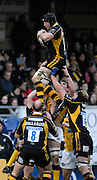 Wycombe, GREAT BRITAIN,Wasps George KIVINGTON, collects the line out ball during the Guinness Premiership Game, London Wasps vs Leeds Carnegie, at Adams Park. 05/01/2008  [Mandatory credit Peter Spurrier/ Intersport Images].