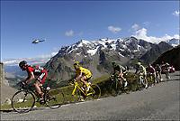 Sykkel , 21. juli 2011<br /> The Tour of France 2011 / 18th stage / Pinerolo (ITA) - Galibier Serre-Chevalier / Cadel EVANS  (BMC RACING TEAM - AUS) -Thomas VOECKLER  (TEAM EUROPCAR - FRA) - Ivan BASSO (LIQUIGAS-CANNONDALE - ITA)<br /> Norway only
