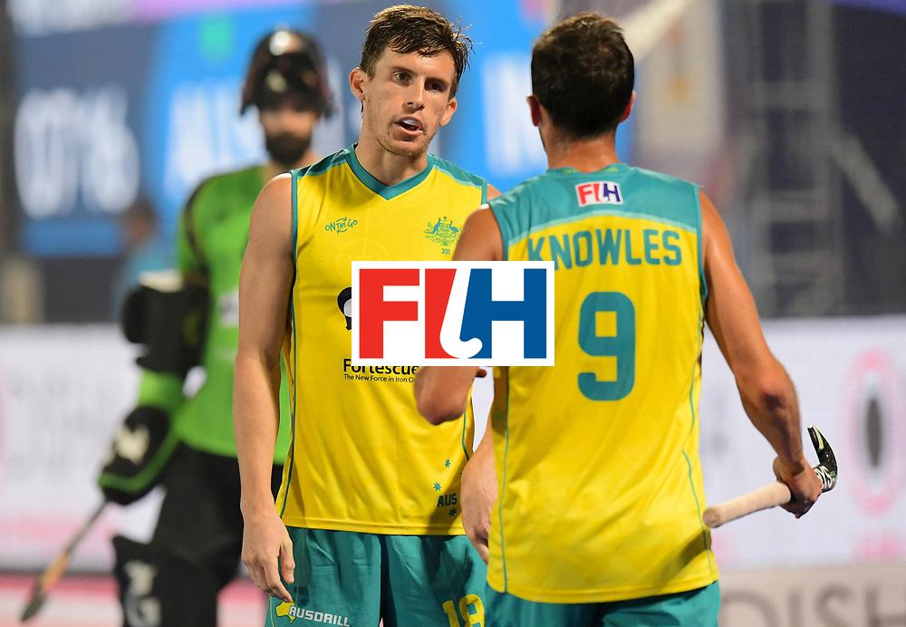 Odisha Men's Hockey World League Final Bhubaneswar 2017<br /> Match id:02<br /> Australia v India<br /> Foto: KNOWLES Mark (C) talks with WHITE Tristan<br /> WORLDSPORTPICS COPYRIGHT FRANK UIJLENBROEK