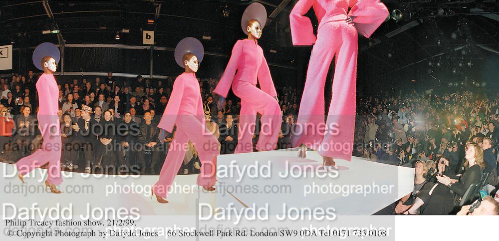 Philip Treacy fashion show. 21/2/99. © Copyright Photograph by Dafydd Jones<br /> 66 Stockwell Park Rd. London SW9 0DA Tel 0171 733 0108
