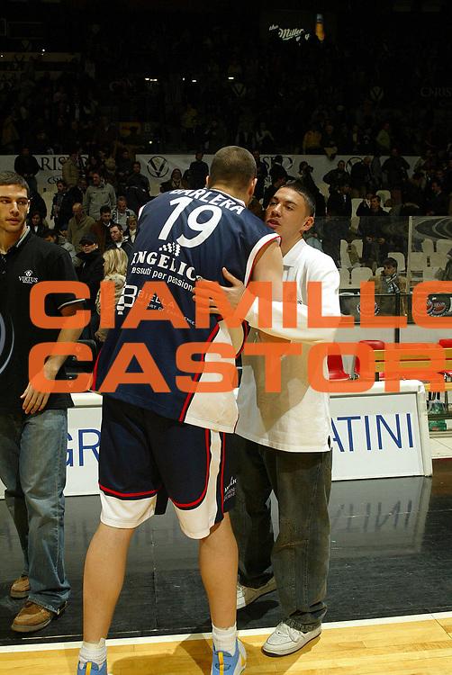 DESCRIZIONE : Bologna Lega A1 2006-07 VidiVici Virtus Bologna Angelico Biella<br />GIOCATORE : Di Bella Barlera<br />SQUADRA : VidiVici Virtus Bologna Angelico Biella<br />EVENTO : Campionato Lega A1 2006-2007 <br />GARA : VidiVici Virtus Bologna Angelico Biella<br />DATA : 06/01/2007<br />CATEGORIA : ritratto<br />SPORT : Pallacanestro <br />AUTORE : Agenzia Ciamillo-Castoria/G.Livaldi