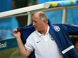 08.07.2014, Mineirao, Belo Horizonte, BRA, FIFA WM, Brasilien vs Deutschland, Halbfinale, im Bild Brazil's coach Luiz Felipe Scolari leaves the field // during Semi Final match between Brasil and Germany of the FIFA Worldcup Brazil 2014 at the Mineirao in Belo Horizonte, Brazil on 2014/07/08. EXPA Pictures © 2014, PhotoCredit: EXPA/ Photoshot/ Liu Dawei<br /> <br /> *****ATTENTION - for AUT, SLO, CRO, SRB, BIH, MAZ only*****
