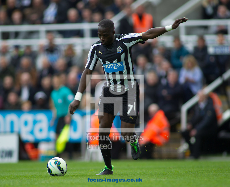 Moussa Sissoko of Newcastle United a during the Barclays Premier League match at St. James's Park, Newcastle<br /> Picture by Stephen Gaunt/Focus Images Ltd +447904 833202<br /> 09/05/2015