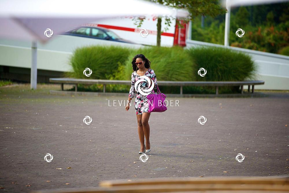 AMSTERDAM - Talkies Lifestylelunch bij The Oyster Club is een jaarlijks event. Met hier op de foto  Jasmine Sendar. FOTO LEVIN DEN BOER - PERSFOTO.NU