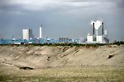 Nederland, Rotterdam, 12-5-2017De nieuwe, moderne elektriciteitscentrale van Eon, E-on sinds kort in gebruik. Kolencentrale, co2 uitstoot, kolen, kolengestookte, op de Maasvlakte. the new land.Foto: Flip Franssen