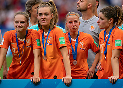 07-07-2019 FRA: Final USA - Netherlands, Lyon<br /> FIFA Women's World Cup France final match between United States of America and Netherlands at Parc Olympique Lyonnais. USA won 2-0 / Vivianne Miedema #9 of the Netherlands, Jill Roord #19 of the Netherlands, Jackie Groenen #14 of the Netherlands, Dominique Bloodworth #20 of the Netherlands