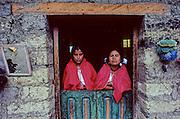 Zinacantàn village, maya weawers.