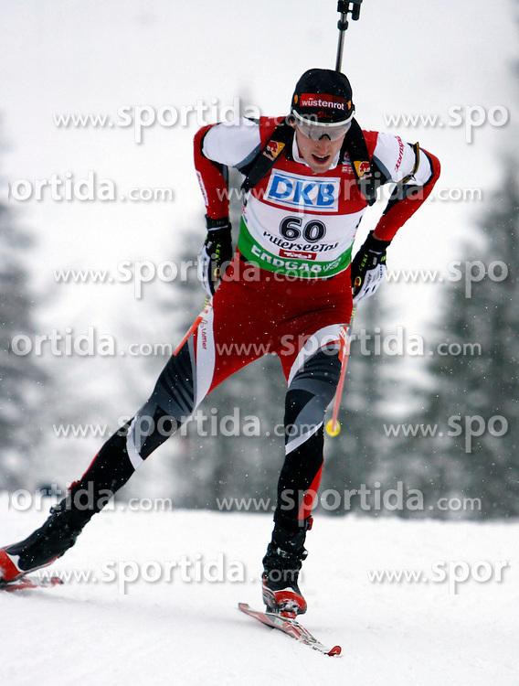 15.12.2011, Biathlonzentrum, Hochfilzen, AUT, E.ON IBU Weltcup, 3. Biathlon, Hochfilzen, Sprint Maenner, im Bild Dominik Landertinger (AUT) // during Sprint men E.ON IBU World Cup 3th Biathlon, Hochfilzen, Austria on 2011/12/15. EXPA Pictures © 2011, PhotoCredit: EXPA/ Oskar Hoeher