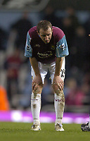 Photo: Olly Greenwood.<br />West Ham United v Tottenham Hotspur. The Barclays Premiership. 04/03/2007. West Ham's Lee Bowyer looks dejected