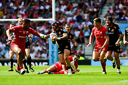 Jack Nowell of Exeter Chiefs is challenged by Billy Vunipola of Saracens - Mandatory by-line: Ryan Hiscott/JMP - 01/06/2019 - RUGBY - Twickenham Stadium - London, England - Exeter Chiefs v Saracens - Gallagher Premiership Rugby Final