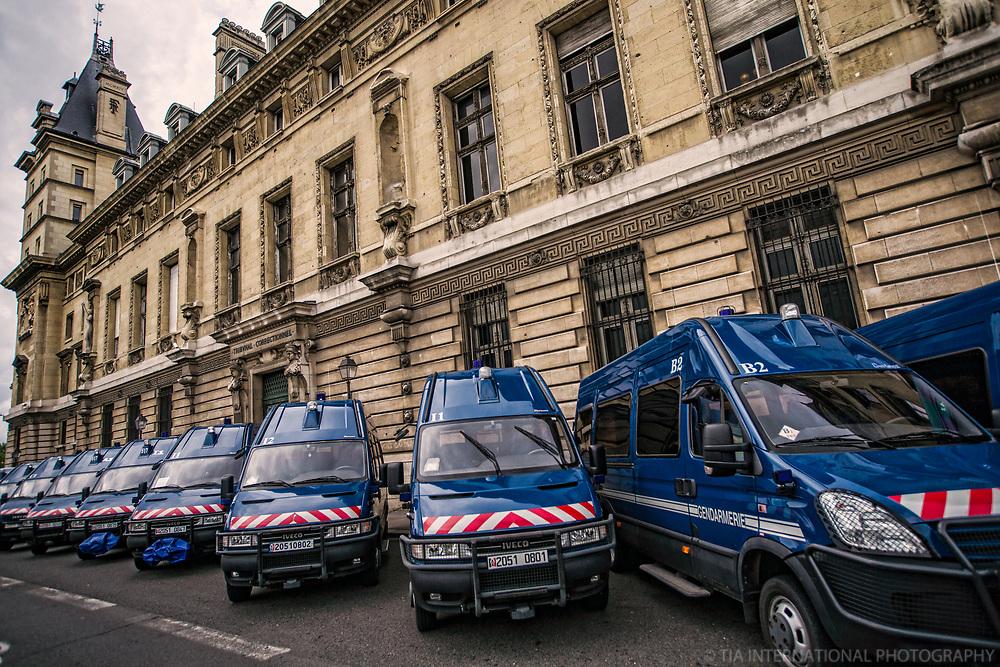 Paramilitary Vehicles @ Le Palais de Justice, Ile de la Cité