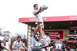 Marco Mama of Worcester Warriors wins the ball at a line out - Mandatory by-line: Robbie Stephenson/JMP - 29/02/2020 - RUGBY - Welford Road Stadium - Leicester, England - Leicester Tigers v Worcester Warriors - Gallagher Premiership Rugby
