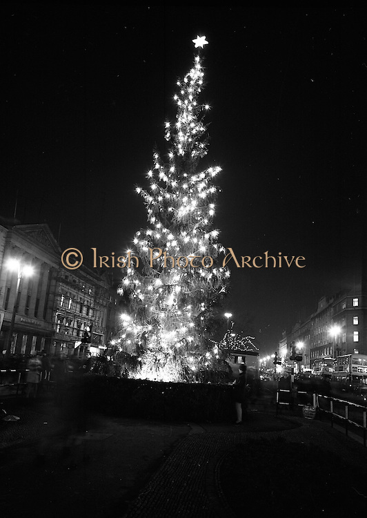 The Dublin Christmas Market is one of the most beautiful ones in the World. Enjoy the lovely atmosphere with Irish Photo Archive even before the event starts.
