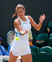 LONDON, ENGLAND - Monday, July 9, 2018: Julia Goerges (GER) during the Ladies' Singles 4th Round match on day seven of the Wimbledon Lawn Tennis Championships at the All England Lawn Tennis and Croquet Club. (Pic by Kirsten Holst/Propaganda)