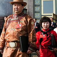 BEIJING, NOV. 8, 2012 : Ein Tibetischer Delegierter verlaesst die Grosse Halle des Volkes.