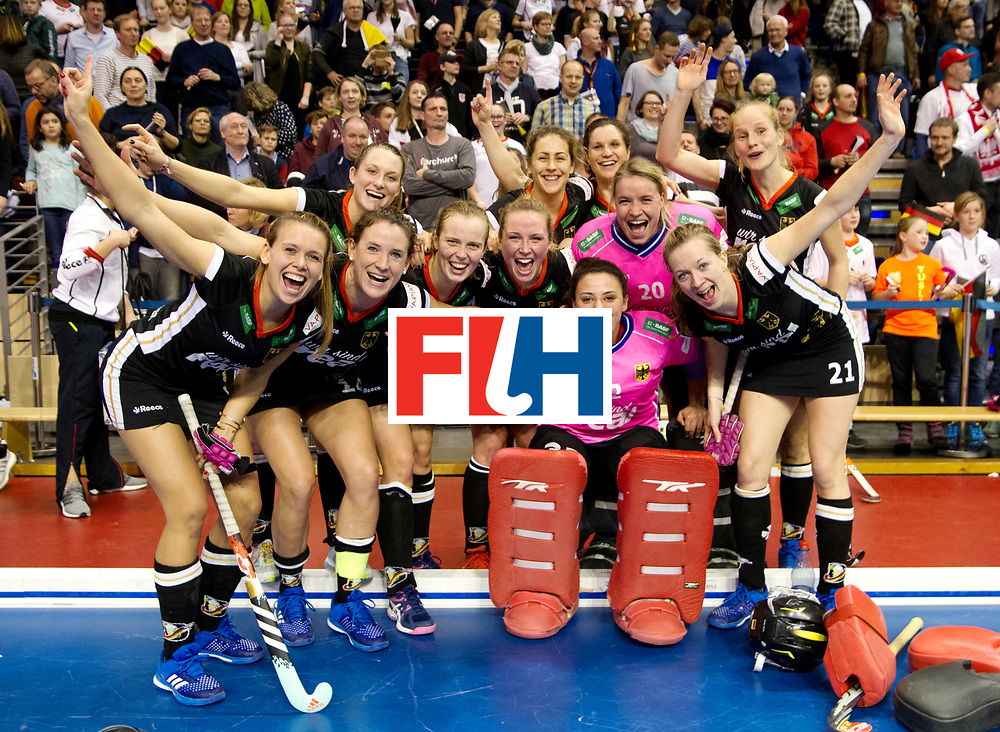 BERLIN - Indoor Hockey World Cup<br /> Quarterfinal 3: Germany - Poland<br /> foto: German team picture.<br /> WORLDSPORTPICS COPYRIGHT FRANK UIJLENBROEK