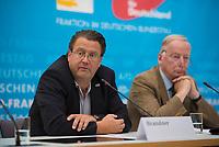 DEU, Deutschland, Germany, Berlin, 31.05.2018: Pressekonferenz der Partei Alternative für Deutschland (AfD) im AfD-Fraktionssitzungssaal im Deutschen Bundestag. Stephan Brandner und Alexander Gauland informieren über den Antrag zum Untersuchungsausschuss zur Asyl- und Migrationspolitik.