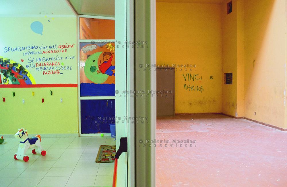 Kindergarten run by a voluntary association, Zen district, Palermo.<br /> Asilo d'infanzia gestito da un'organizzazione laica di volontariato, quartiere Zen, Palermo.