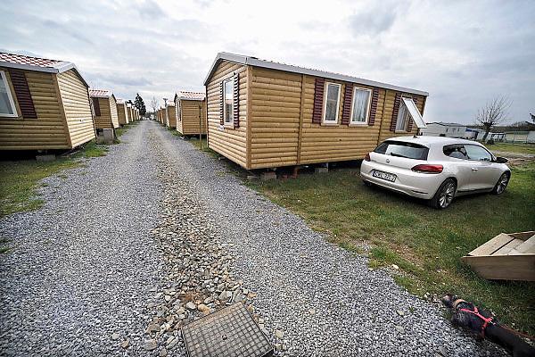 Belgie, Oteppe, 14-4-2013Grote camping Lhirondelle in de Ardennen. Naast de reguliere gasten verblijven er ook arbeiders uit polen.Foto: Flip Franssen/Hollandse Hoogte