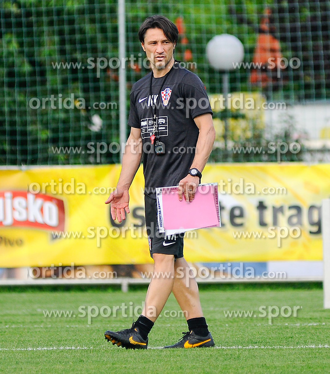 24.05.2014, Trainingsplatz, Bad Tatzmannsdorf, AUT, FIFA WM, Vorbereitung Kroatien, im Bild Head Coach Niko Kovac // during the Trainingscamp of Team Croatia for Preparation of the FIFA Worldcup Brasil2014 at the trainings court in Bad Tatzmannsdorf, Austria on 2014/05/24. EXPA Pictures © 2014, PhotoCredit: EXPA/ Sascha Trimmel
