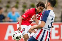 WIJDEWORMER - 03-09-2016, Jong AZ - Excelsior Maassluis, AFAS trainingscomplex,  3-2, AZ speler Calvin Stengs scoort hier het winnende doelpunt, 3-2,