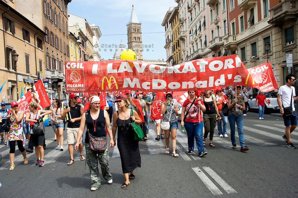 Roma, 22 Giugno 2013<br /> Lavoro è Democrazia. Manifestazione di CGIL, CISL e UIL.I lavoratori della Mc Donald's<br /> Demonstration by trade unions in Rome