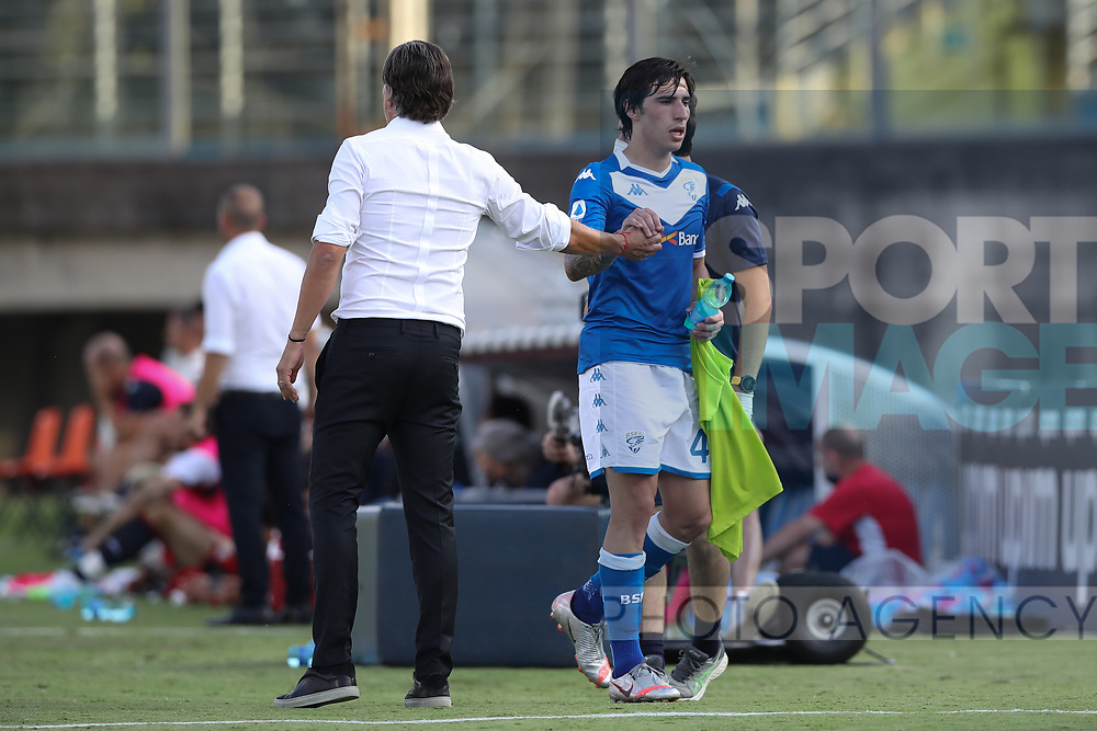 Brescia Calcio's Uruguayan Head coach Diego Lopez compliments Italian midfielder Sandro Tonali as he is substituted during the Serie A match at Stadio Mario Rigamonti, Brescia. Picture date: 27th June 2020. Picture credit should read: Jonathan Moscrop/Sportimage