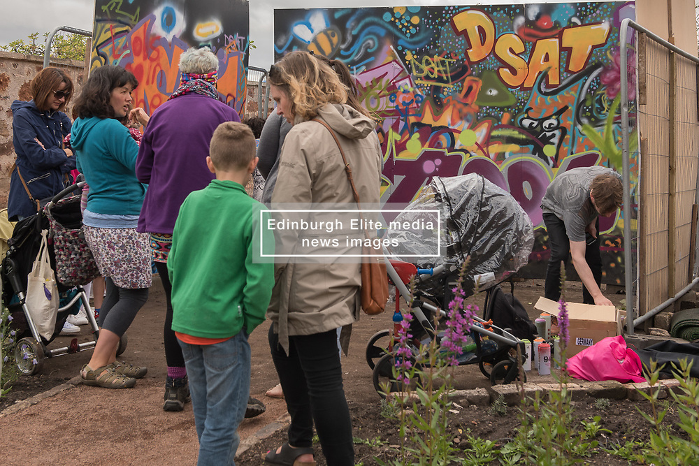 The week long Dunbar Street Art Trail came to an end with a day of family art fun on and around Dunbar High Street. <br /> <br /> <br /> © Jon Davey/ EEm