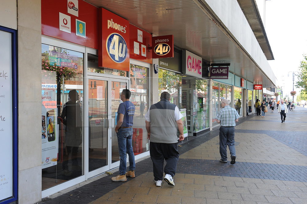 © Licensed to London News Pictures. 15/09/2014. Bexleyheath. <br /> The branch of Phones4u in Bexleyheath is closed today (15.09.2014). Phones 4U is has gone into administration. All 550 shops in the UK will be closed today while a decision is made about if the business can continue to trade.<br /> (Byline:Grant Falvey/LNP)