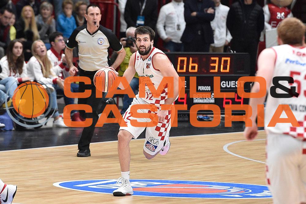 DESCRIZIONE : Milano Lega A 2015-16 EA7 Emporio Armani Milano Giorgio Tesi Group Pistoia<br /> GIOCATORE : Ariel Filloy<br /> CATEGORIA : <br /> SQUADRA : Giorgio Tesi Group Pistoia<br /> EVENTO : Campionato Lega A 2015-2016<br /> GARA : EA7 Emporio Armani Milano Giorgio Tesi Group Pistoia<br /> DATA : 01/11/2015<br /> SPORT : Pallacanestro <br /> AUTORE : Agenzia Ciamillo-Castoria/GiulioCiamillo<br /> Galleria : Lega Basket A 2015-2016<br /> Fotonotizia : Milano Lega A 2015-16 EA7 Emporio Armani Milano Giorgio Tesi Group Pistoia