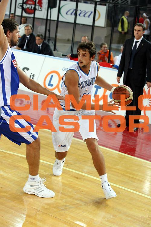 DESCRIZIONE : Roma Amichevole preparazione Eurobasket 2007 Italia Grecia <br />GIOCATORE : Belinelli<br />SQUADRA : Nazionale Italia Uomini <br />EVENTO : Amichevole preparazione Eurobasket 2007 Italia Grecia <br />GARA : Italia Grecia <br />DATA : 30/08/2007 <br />CATEGORIA : Palleggio<br />SPORT : Pallacanestro <br />AUTORE : Agenzia Ciamillo-Castoria/G.Ciamillo