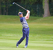 Luke DONALD pitching to the 18th green during the 4th day of the BMW PGA Championship at Wentworth, Virginia Water, United Kingdom on 24 May 2015. Photo by Ellie  Hoad.