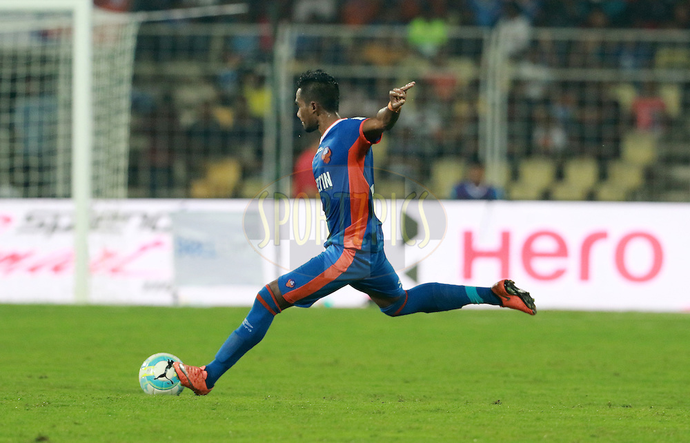 Sanjay Balmuchu of FC Goa in action during match 8 of the Indian Super League (ISL) season 3 between FC Goa and FC Pune City held at the Fatorda Stadium in Goa, India on the 8th October 2016.<br /> <br /> Photo by Vipin Pawar / ISL/ SPORTZPICS