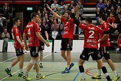 20170225 NED: Eredivisie, Valei Volleybal Prins - Coolen - Alterno: Ede<br />Valei Volleybal Prins viert de 3-0 overwinning oa Timo Vos (7)<br />©2017-FotoHoogendoorn.nl / Pim Waslander