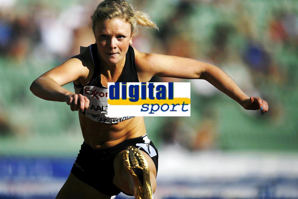 Friidrett, 4. juni 2010,  Diamond League , Bislett Games Oslo<br /> <br /> <br /> Kine Aaltvedt p&aring; 100 meter hekk