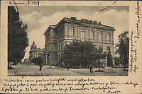 Akademija = Académie. <br /> <br /> ImpresumS. l. : S. n., [1904]<br /> Materijalni opis1 razglednica : tisak ; 9,2 x 13,9 cm.<br /> Vrstavizualna građa • razglednice<br /> ZbirkaZbirka razglednica • Grafička zbirka NSK<br /> Formatimage/jpeg<br /> PredmetZagreb –– Trg Josipa Jurja Strossmayera<br /> SignaturaRZG-STRG-11<br /> Obuhvat(vremenski)20. stoljeće<br /> NapomenaRazglednica je putovala 1904. godine. • Poleđina razglednice je namijenjena samo za adresu.<br /> PravaJavno dobro<br /> Identifikatori000952349<br /> NBN.HRNBN: urn:nbn:hr:238:376773 <br /> <br /> Izvor: Digitalne zbirke Nacionalne i sveučilišne knjižnice u Zagrebu
