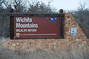 USA, Oklahoma, Wichita Mountains National Wildlife Refuge, Entrance Sign