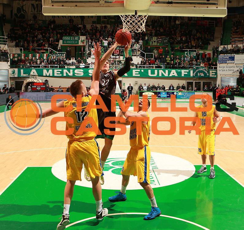 DESCRIZIONE : Siena Eurolega Eurolegue 2012-13 Montepaschi Siena Asseco Prokom Gdynia<br /> GIOCATORE : Matthew Janning<br /> SQUADRA : Montepaschi Siena <br /> CATEGORIA : tiro<br /> EVENTO : Eurolega 2012-2013<br /> GARA : Montepaschi Siena Asseco Prokom Gdynia<br /> DATA : 13/12/2012<br /> SPORT : Pallacanestro<br /> AUTORE : Agenzia Ciamillo-Castoria/ElioCastoria<br /> Galleria : Eurolega 2012-2013<br /> Fotonotizia : Siena Eurolega Eurolegue 2012-13 Montepaschi Siena Asseco Prokom Gdynia<br /> Predefinita :
