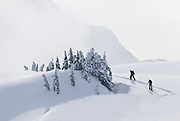 WA09045-00...WASHINGTON - Skiers on the Kulshan Ridge in the Heather Meadows Recreation Area.