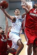 DESCRIZIONE : Roseto Degli Abruzzi Giochi del Mediterraneo 2009 Mediterranean Games Turchia Italia Turkey Italy Final Men<br /> GIOCATORE : Daniele Cinciarini<br /> SQUADRA : Italia Italy<br /> EVENTO : Roseto Degli Abruzzi Giochi del Mediterraneo 2009<br /> GARA : Turchia Italia Turkey Italy <br /> DATA : 04/07/2009<br /> CATEGORIA : tiro penetrazione<br /> SPORT : Pallacanestro<br /> AUTORE : Agenzia Ciamillo-Castoria/C.De Massis<br /> Galleria : Giochi del Mediterraneo 2009<br /> Fotonotizia : Roseto Degli Abruzzi Giochi del Mediterraneo 2009 Mediterranean Games Turchia Italia Turkey Italy Final Men <br /> Predefinita :
