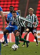 22.05.2008, Ratina, Tampere, Finland..Veikkausliiga 2008 - Finnish League 2008.Tampere United - FC KooTeePee.Tony Odorisio (KooTeePee) v Daniel (TamU).©Juha Tamminen.....ARK:k