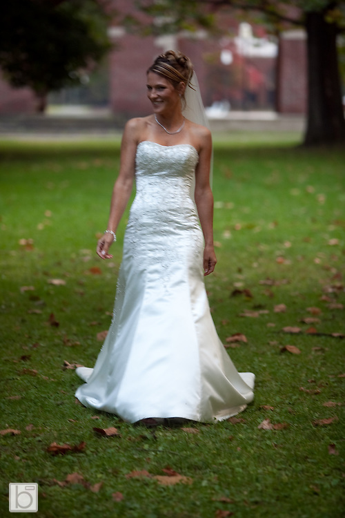 Oct 3, 2009: Kristine Bradtke and Jeffery Abele Wedding in Saratoga Springs, N.Y. (Photo ©Todd Bissonette)